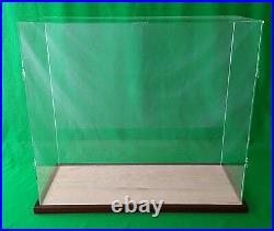 35L x 18W x 20H Table Top Acrylic Display Case Kit showcase