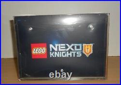 LEGO 70319 NEXO KNIGHTS SHOWCASE promotional Toy Figure STORE DISPLAY 2016