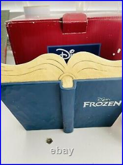 NEW EX-DISPLAY Disney Showcase Collection Frozen Act Of Love #4049644