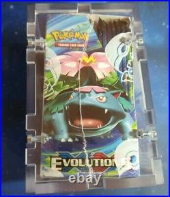 Original Pokemon XY EvolutionS Display NEU/OVP Englisch SEALED in Acrylbox