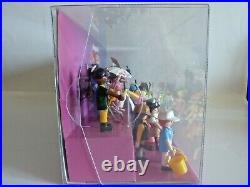 Playmobil 24 Figures Serie 16 Showcase Schaukasten Diorama Display 70159 & 70160