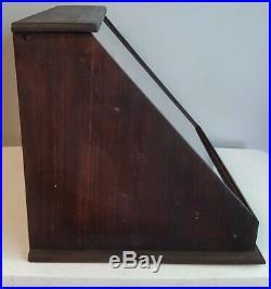 Rare Schrade Pocket Knife Counter Top Display Showcase Antique